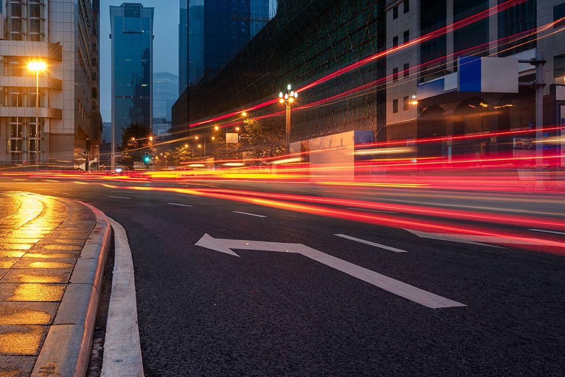 blurred-traffic-1